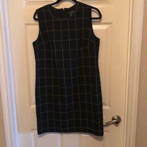 Black & white sheath dress